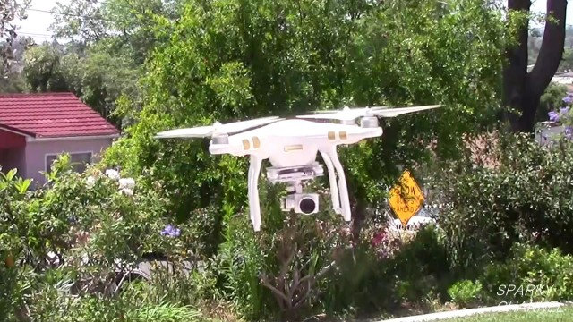 DJI Phantom 3 Quadcopter Drone Introduction and Review