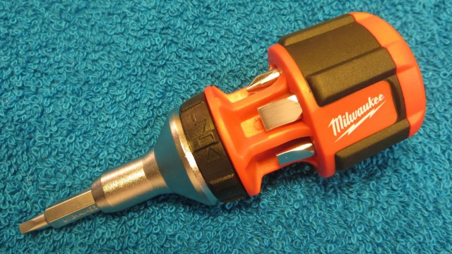 Milwaukee 8 in 1 Compact Ratchet Multi-Bit Driver Demonstration and Review