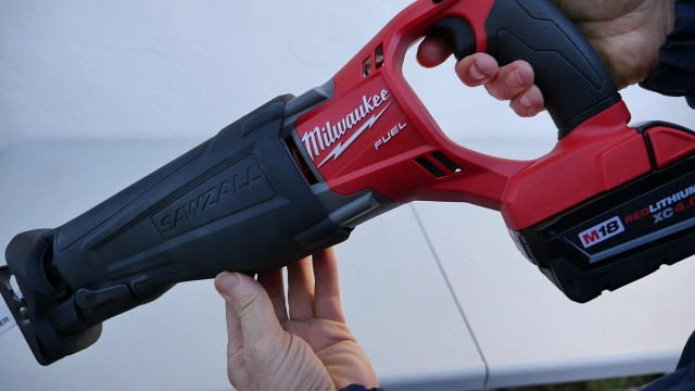Milwaukee Brushless and Cordless Sawzall 2720 Review and Demonstration