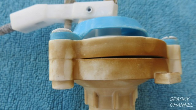 How To Fix a Whistling Toilet by Replacing the Toilet Fill Valve